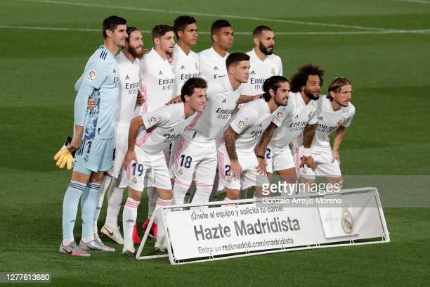 The Real Madrid team pose for a team photo prior to the La Liga Santander match between Real Madrid and Real Valladolid CF at Estadio Santiago...