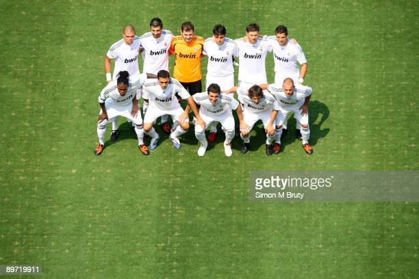The Real Madrid team poses before the friendly match between Real Madrid and DC United at the Fedex Field on August 9 2009 in Landover Maryland