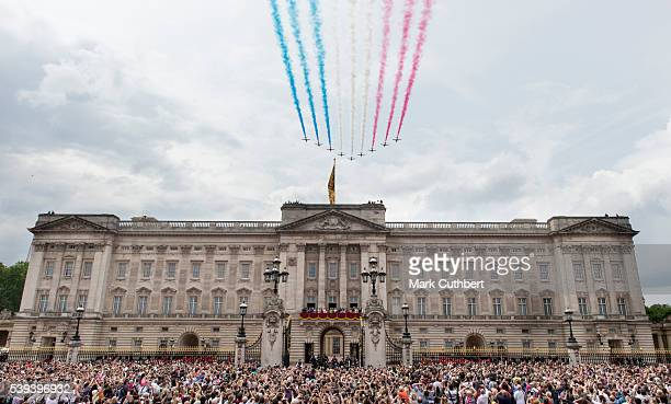The Red Arrows fly over Buckingham Palace at Trooping the Colour, this year marking the Queen's 90th birthday at The Mall on June 11, 2016 in London,...