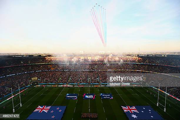 The Red Arrows perform a fly pass during the 2015 Rugby World Cup Final match between New Zealand and Australia at Twickenham Stadium on October 31...