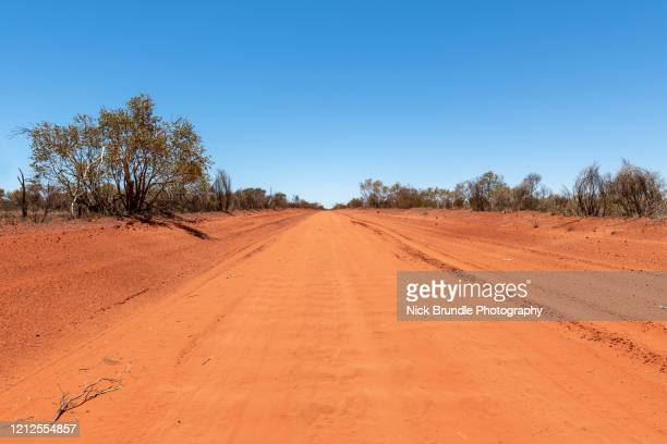 the red center, northern territory, australia - alice springs stock pictures, royalty-free photos & images