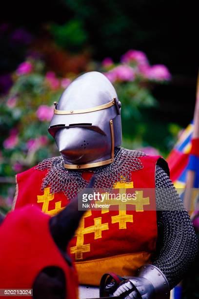 the red knight at warwick castle - warwick castle bildbanksfoton och bilder