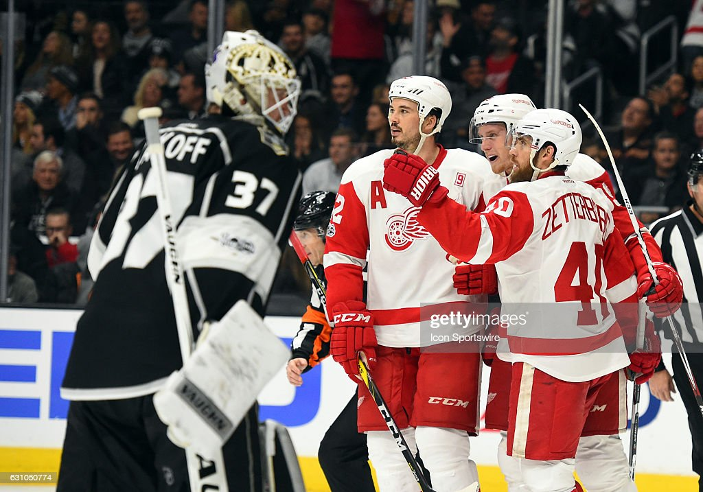 The Red Wings celebrate after scoring their fourth goal of the game in the third period during an NHL game between the Detroit Red Wings and the Los Angeles Kings on January 05, 2017, at STAPLES Center in Los Angeles, CA. The Red Wings defeated the Kings 4-0.