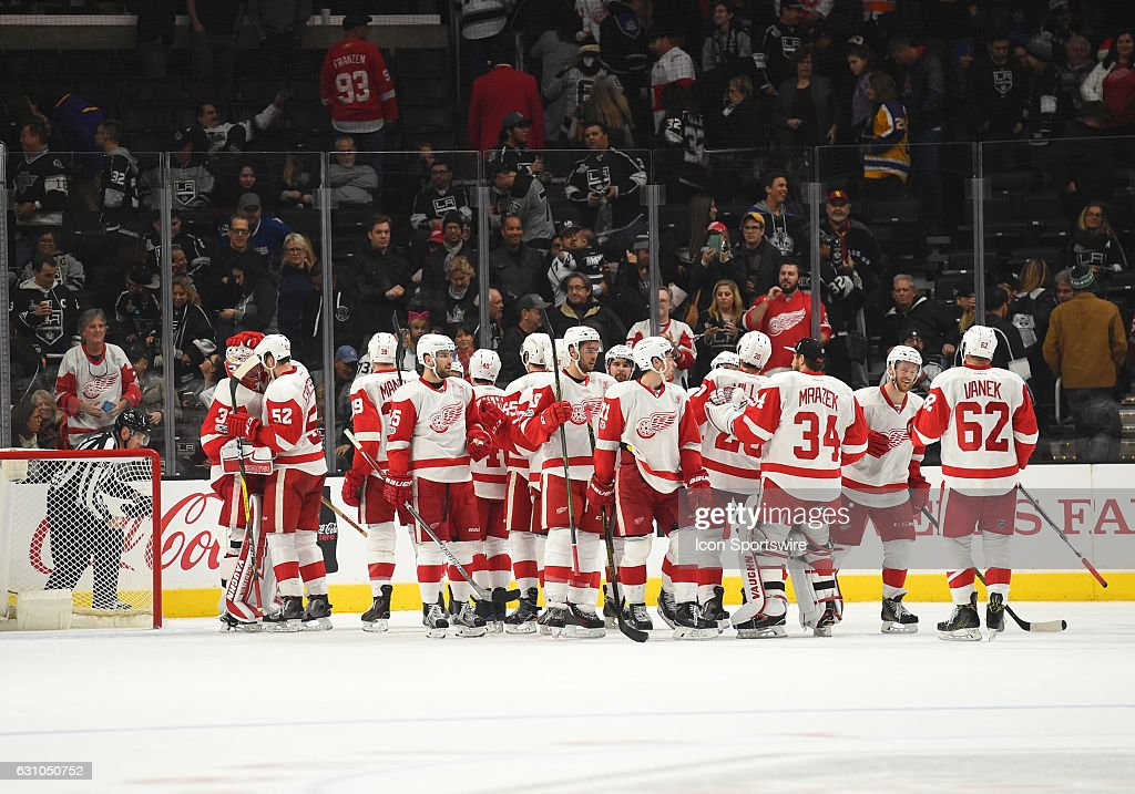 The Red Wings celebrate the victory during an NHL game between the Detroit Red Wings and the Los Angeles Kings on January 05, 2017, at STAPLES Center in Los Angeles, CA. The Red Wings defeated the Kings 4-0.