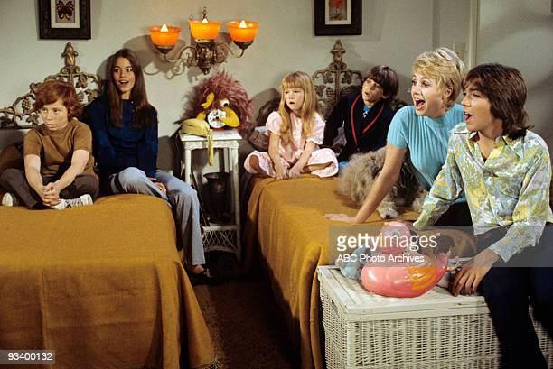 FAMILY The Red Woodloe Story 1/1/71 Danny Bonaduce Susan Dey Suzanne Crough Jeremy Gelbwaks Shirley Jones David Cassidy
