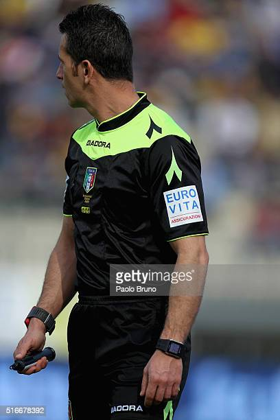 The referee assistant Daniele Doveri looks on during the Serie A match between Frosinone Calcio and ACF Fiorentina at Stadio Matusa on March 20 2016...