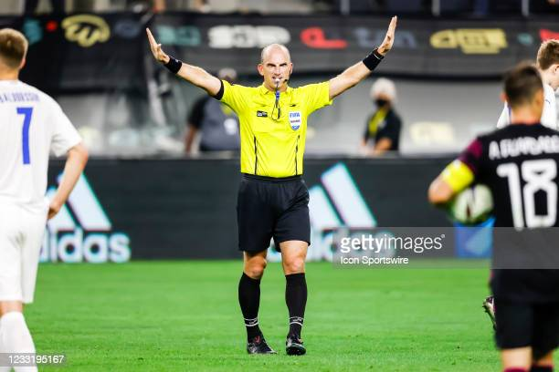 The referee calls the game between Mexico and Iceland on May 29, 2021 at AT&T Stadium in Arlington, Texas.