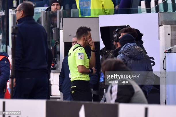 The referee Fabrizio Pasqua checks the VAR for the second penalty awarded to Juventus during the Serie A match between Juventus and ACF Fiorentina at...