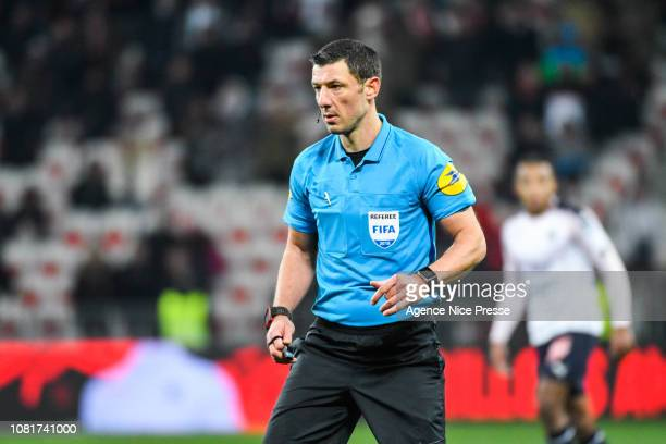 The referee Nicolas Rainville during the Ligue 1 match between Nice and Bordeaux at Allianz Riviera on January 12 2019 in Nice France