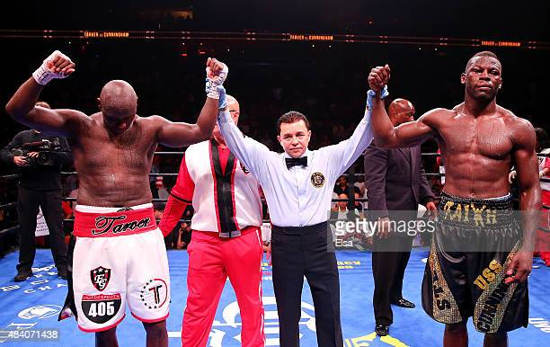 The referee signals that it was a draw between Antonio Tarver and Steve Cunningham during the Premier Boxing Champions Heavyweight bout at the...