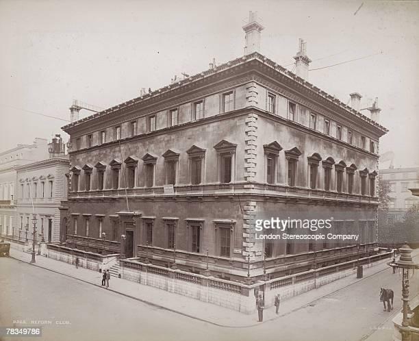 The Reform Club, a gentleman's club on the corner of Pall Mall and Carlton Gardens, London, circa 1900.