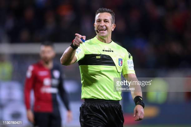 the refree reacts during the Serie A match between Cagliari and ACF Fiorentina at Sardegna Arena on March 15 2019 in Cagliari Italy