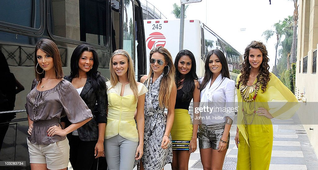 Miss Universe Contestants Head To Las Vegas For The 2010 Pageant