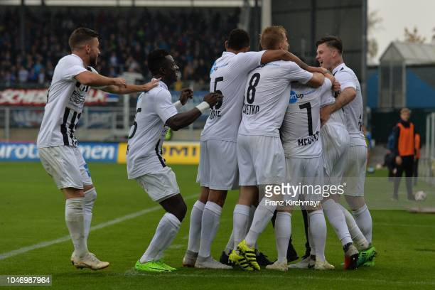 The rejoicing of team Juniors OOe during the 2 Liga match between FC Juniors OOe v FC Blau Weiss Linz at TGW Arena on October 7 2018 in Pasching...