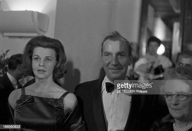The Release In France Of The Film 'Le Jour Le Plus Long' Le 26 septembre 1962 au Palais de Chaillot à Paris en France une femme et un homme non...