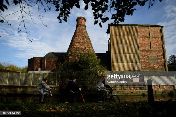 The remaining kilns of Dolby Pottery Stoke on October 25 2017 in Stoke on Trent England At the height of the Potteries industry the StokeonTrent...