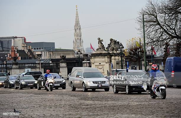 The remains of late Queen Fabiola arrive at at the Royal Palace in Brussels on December 9 2014 Queen Fabiola de Mora y Aragon widow of Belgian King...