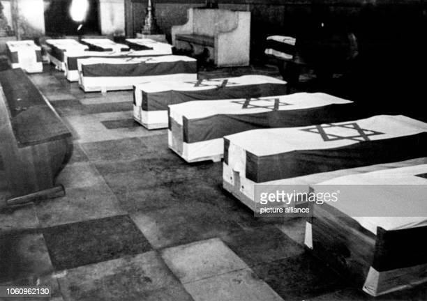 The remains of the victims of the Arabian terrorist attack from 5 September 1972 on the Israeli Olympic team are laid out in the Munich synagog An...