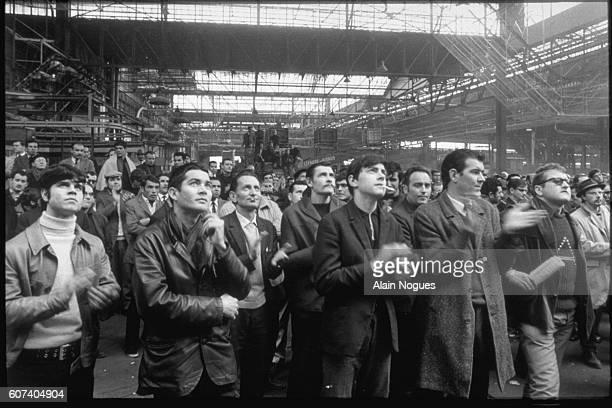 The Renault factory is occupied by workers on strike