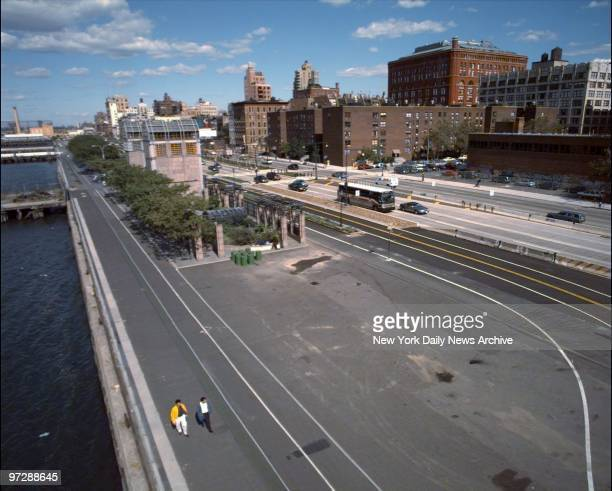 The renovated West Side Highway with a new bike path road and median