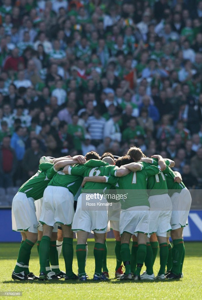 The Republic of Ireland team before the Euro2008 Group D Qualifier between the Republic of Ireland and Wales at the Croke Park Stadium on March 24, 2007 in Dublin, Ireland.