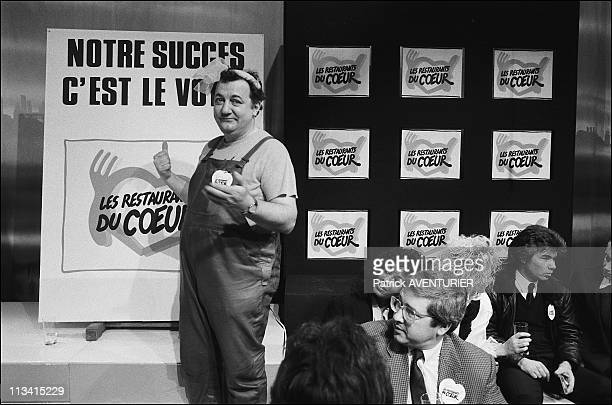 The 'Restos Du Coeur' On January 26Th 1986 In Paris France Here Nb 242113 115 Tf1 Was The Framework Of An Immense Operation Of Support For Famous...