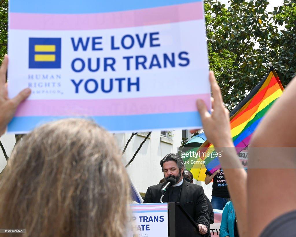 Transgender Rights Advocates Rally Against Alabama Legislation : News Photo