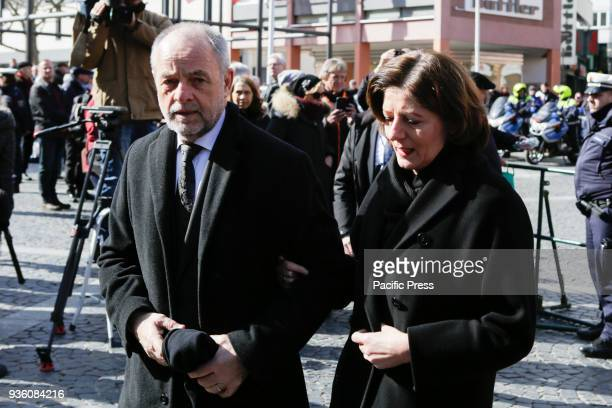The Rhineland-Palatinate MinisterPresident Malu Dreyer and her husband Klaus Jensen, the Lord Mayor of Trier, arrive at the Mainz Cathedral. The...