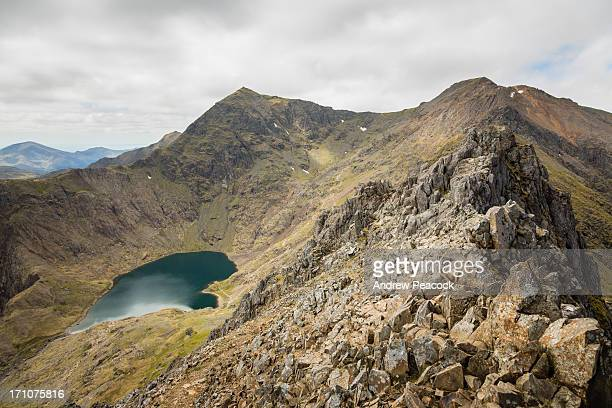 the ridge of the crib goch trail, mt snowdon - mount snowdon stock photos and pictures
