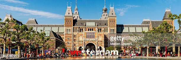 The Rijksmuseum and IAmsterdam sign