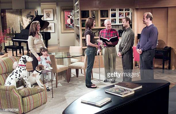 FRASIER The Ring Cycle Episode 1 Pictured Peri Gilpin as Roz Doyle Ashley Thomas as Alice May Doyle Jane Leeves as Daphne Moon John Mahoney as Martin...