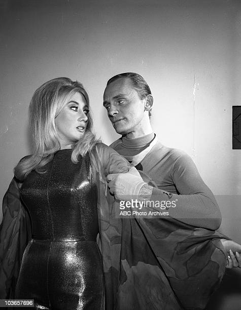 BATMAN The Ring of Wax Airdate March 30 1966 LINDA
