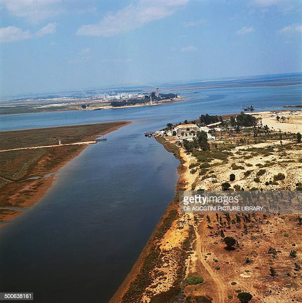 The Rio Tinto and the Odiel river meeting in the Huelva estuary with the La Rabida friary on the right Andalusia Spain