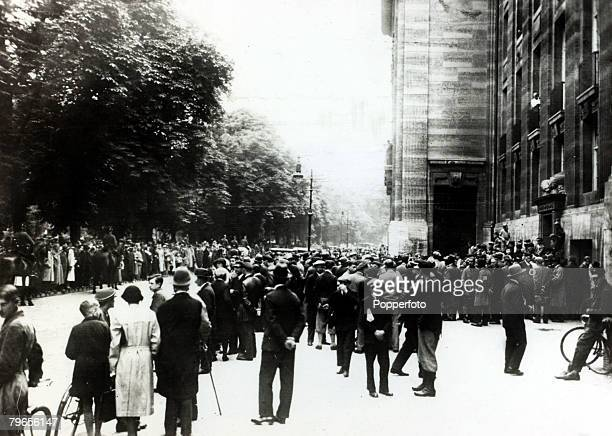 20th July 1932 Crowds waiting outside the War Ministry in Berlin after a state of national emergency hd been declared in Berlin and the province of...