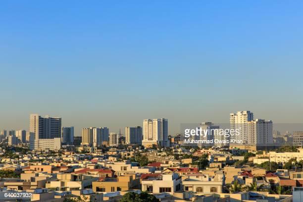 the rising skyline of karachi - karachi fotografías e imágenes de stock