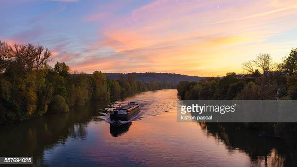 the river - yvelines stock pictures, royalty-free photos & images