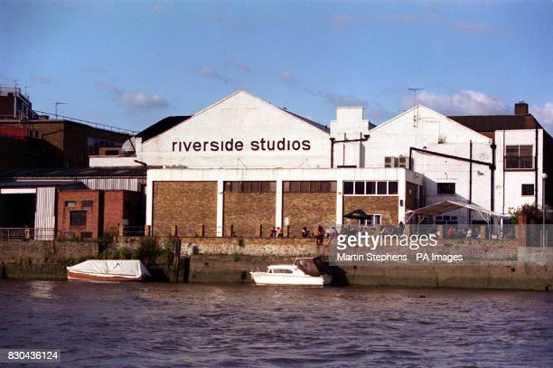 The Riverside film and television studios on the bank of the River Thames in Hammersmith London Chris Evans' Channel 4 programme TFI Friday is...