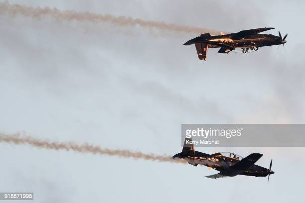 25 Air Displays During Opening Of Annual Art Deco Festival Pictures ...
