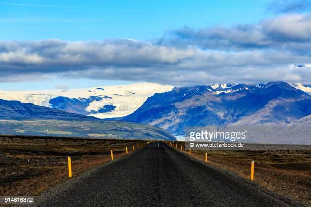 The road to  Hvannadalshnúkur Glacier