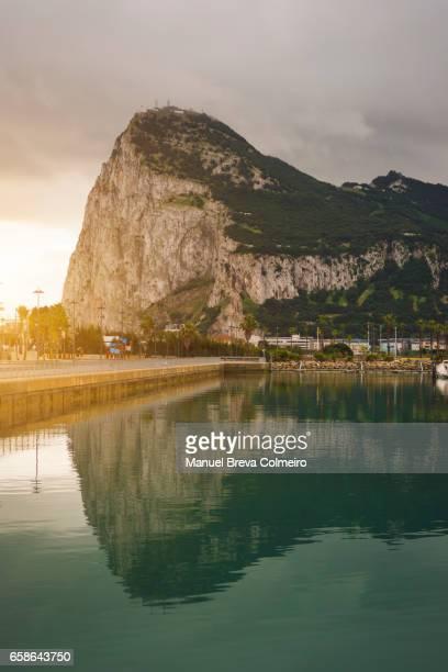 the rock of gibraltar - ジブラルタルの岩山 ストックフォトと画像