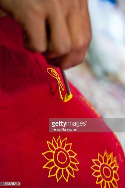 the rogan art! - hema narayanan stock pictures, royalty-free photos & images