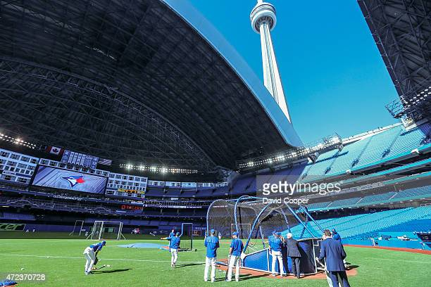 TORONTO ON MAY 6 The Rogers Centre roof opens during Batting Practice before the game between the Toronto Blue Jays and the New York Yankees at the...