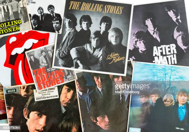 the rolling stones vinyl covers - keith richards musician stock pictures, royalty-free photos & images