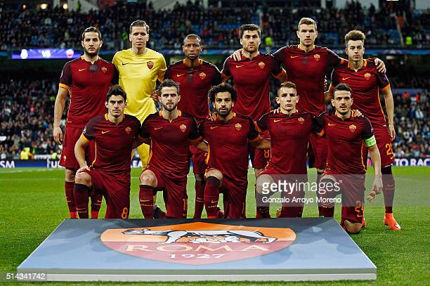 The Roma team line up during the UEFA Champions League Round of 16 Second Leg match between Real Madrid and Roma at Estadio Santiago Bernabeu on...