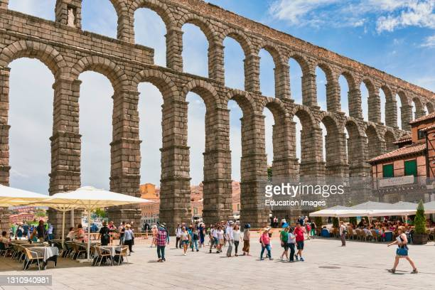The Roman aqueduct in Plaza Azoguejo. It dates from around the first century AD. Segovia, Segovia Province, Castile and Leon, Spain. UNESCO World...