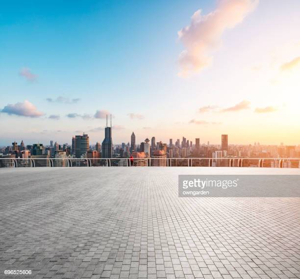 the roof car park - diving platform stock pictures, royalty-free photos & images