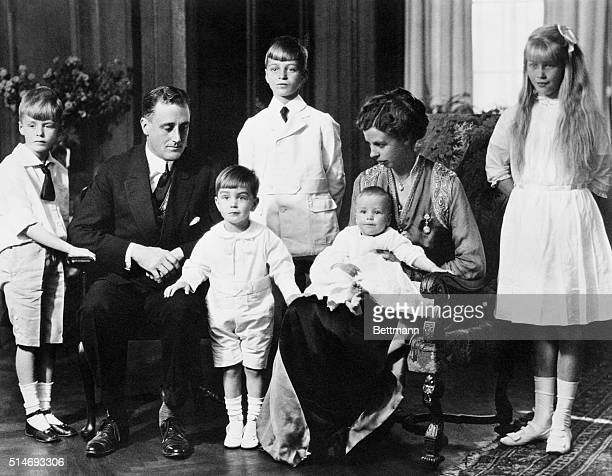 Elliot FDR Franklin Delano Jr James wife Eleanor holding John and Anna