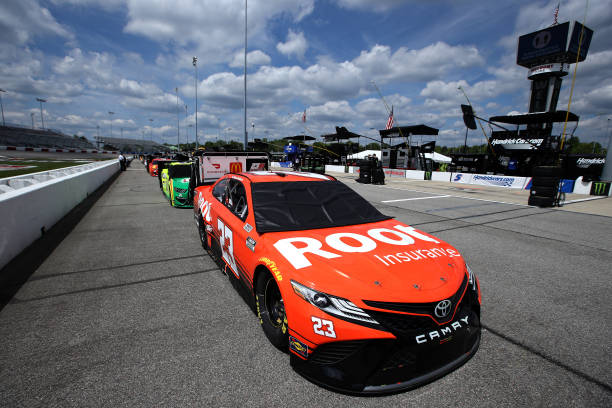 VA: NASCAR Cup Series Toyota Owners 400
