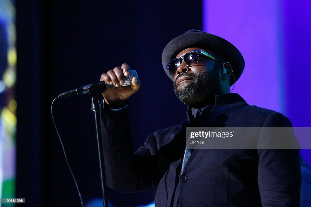 The Roots perform at the Clinton Global Citizen Awards during the second day of the 2015 Clinton Global Initiative's Annual Meeting at the Sheraton New York Hotel & Towers on September 27, 2015 in New York City.