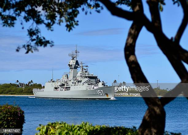 the royal australian navy anzac-class frigate hmas perth. - オーストラリア軍 ストックフォトと画像
